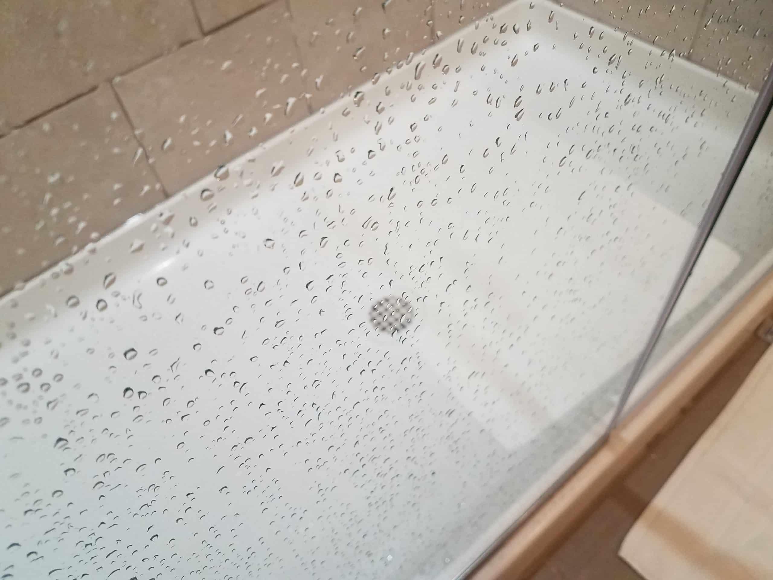 How to get water spots off glass shower doors